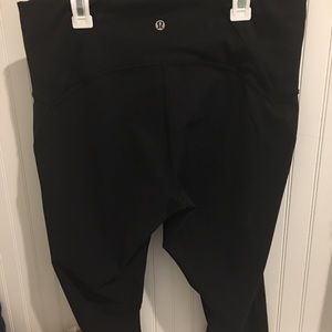 Lululemon crop leggings size 12
